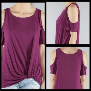 🌞MAGENTA TWIST FRONT COLD SLEEVE TOP